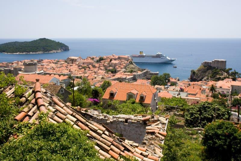 Tejados de la ciudad vieja de Dubrovnik fotografía de archivo libre de regalías