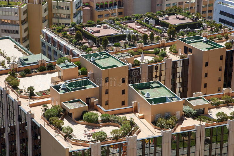 Tejados del edificio de Mónaco imagenes de archivo