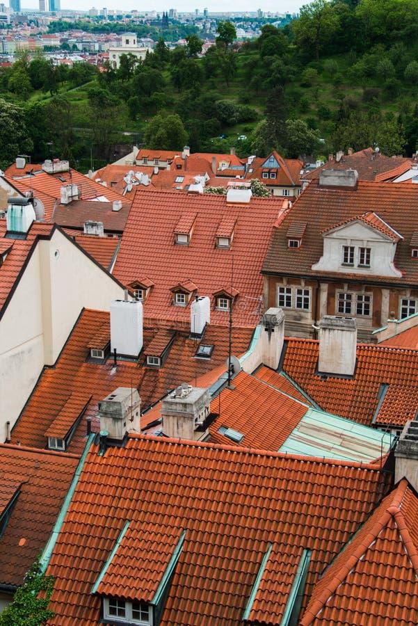 Download Tejados En Praga En Brillante Imagen de archivo - Imagen de castillo, gótico: 41912959