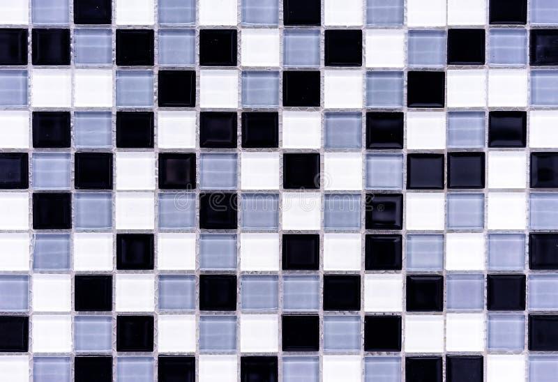 Tejas de mosaico dentro del cuarto de ba?o Fondo del mosaico de las baldosas cer?micas fotos de archivo