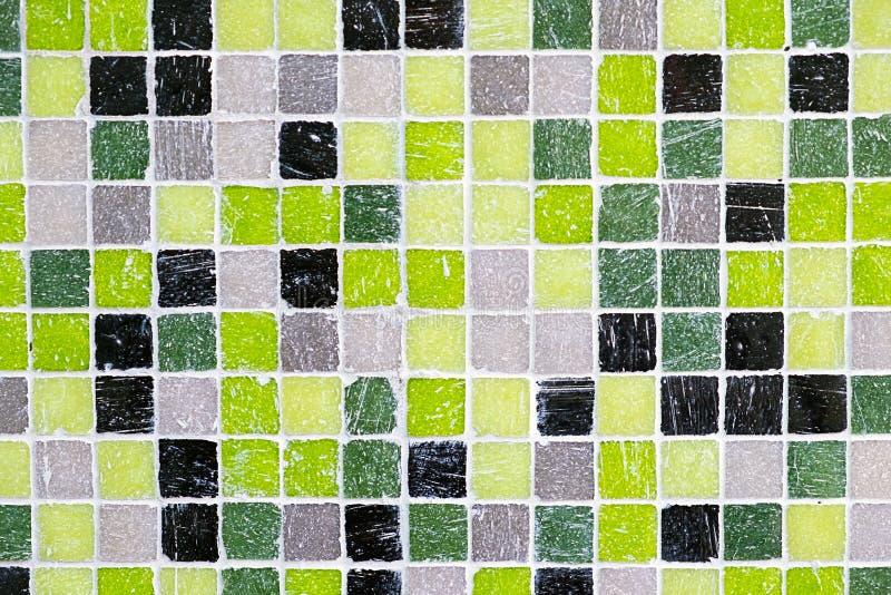 Tejas de mosaico verdes, negras y grises fotografía de archivo libre de regalías