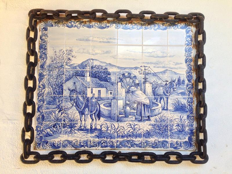 Tejas portuguesas del paisaje fotos de archivo