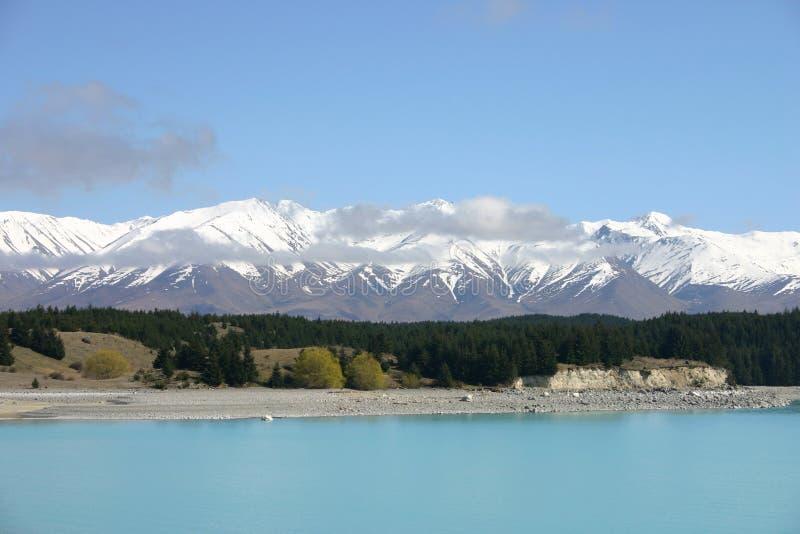 tekapo βουνών λιμνών στοκ φωτογραφία με δικαίωμα ελεύθερης χρήσης