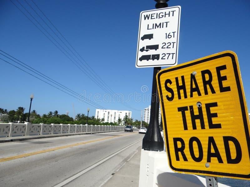 Teken op weg in stad Miami, de V.S. royalty-vrije stock foto's