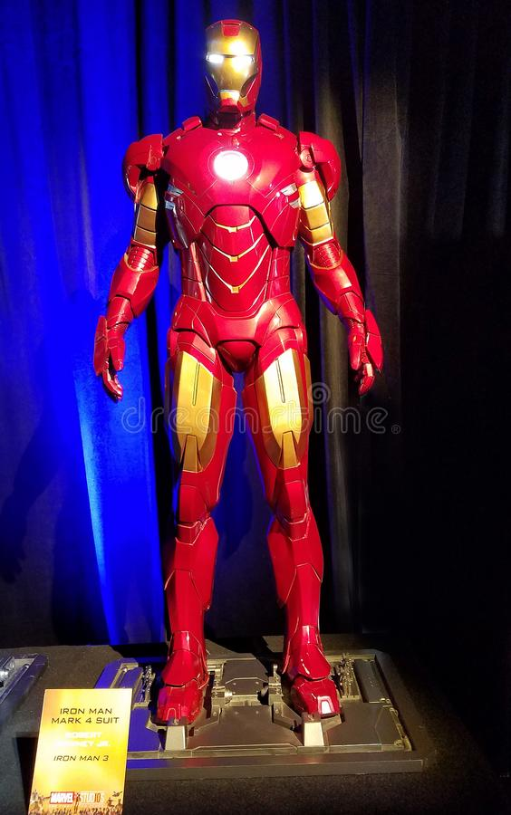 Teken 6 van de ijzermens kostuum versleten door Robert Downey Jr bij de Ijzermens 3 royalty-vrije stock fotografie