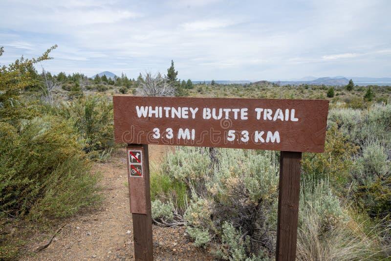 Teken voor Whitney Butte Trail trailhead in Lava Beds National Monument in Californië royalty-vrije stock afbeelding