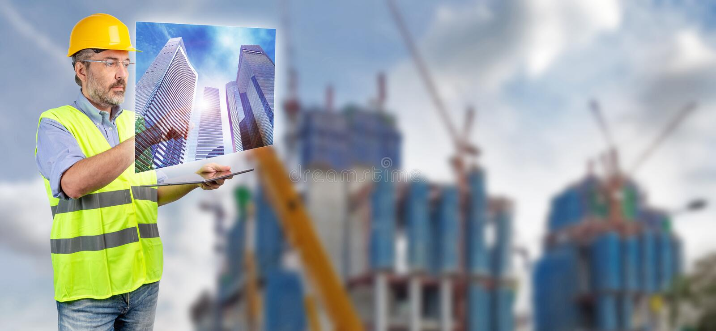 Tekniker som trycker på skyskrapahologrammet arkivbild