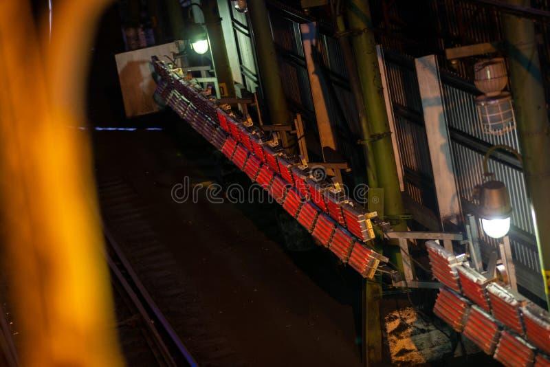 Teknisk järnvägstunnel för trafik med kalltåg royaltyfri bild