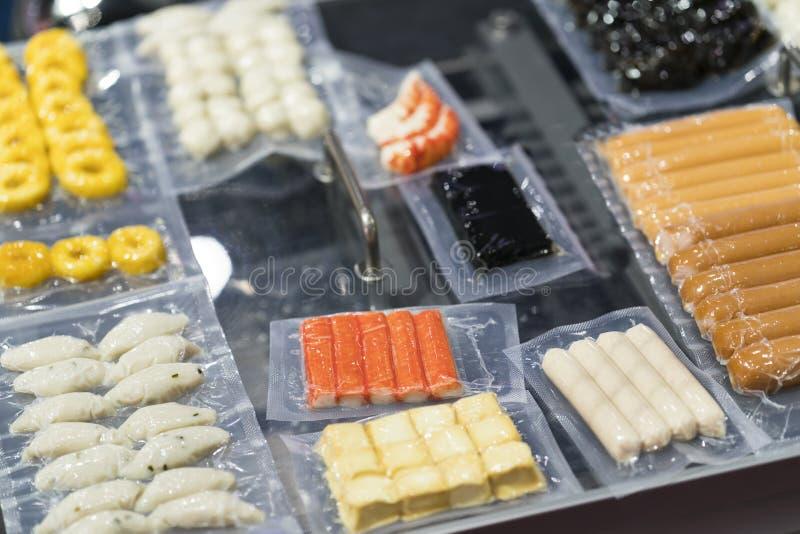 Tekniskt avancerad tillverkning för mat med automaten fotografering för bildbyråer