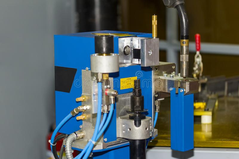 Tekniskt avancerat av det svetsande spetsrengöringsmedlet för automatisk robot som underhåller produktivitet för industriellt arkivbilder