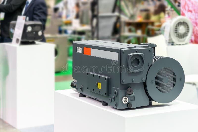 Tekniskt avancerat och modernt av pumpen för vakuum för ny generationhögtryck den roterande fåfänga för förpacka av matkemikalien royaltyfri foto