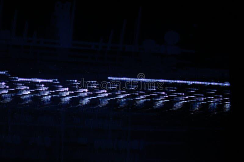 Tekniskt felTVskärm Original- parallellt fel på TVskärmen royaltyfria foton