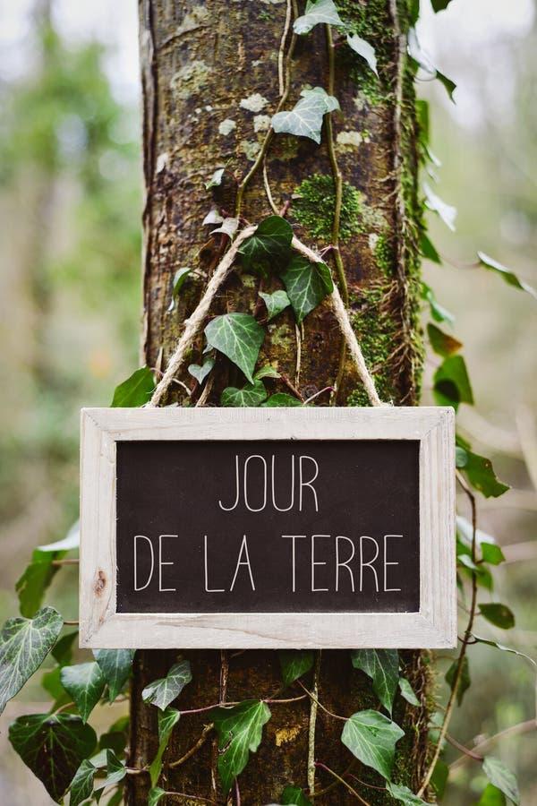 Tekst jour DE La terre, aardedag in het Frans stock afbeeldingen