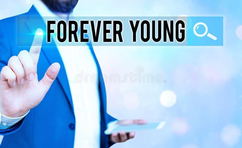 Tekst pisma ręcznego Forever Young Pojęcie oznaczające mentalność bycia świeżym i beztroskim niezależnie od wieku obrazy royalty free
