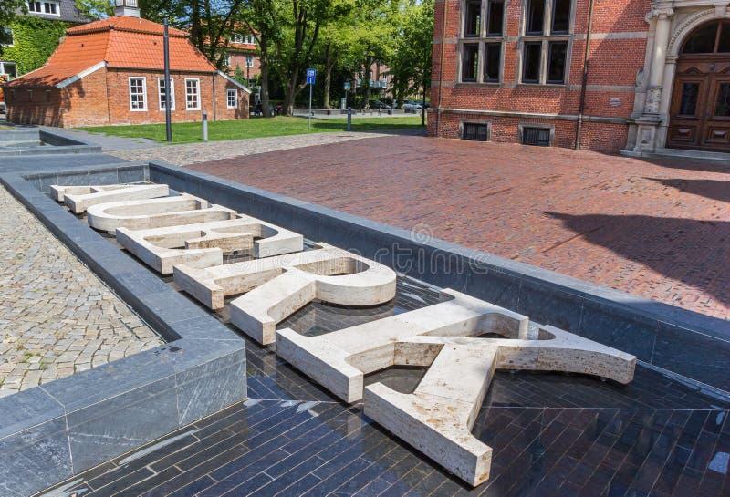 Tekst przed Landschaftshaus budynkiem w Aurich zdjęcie royalty free