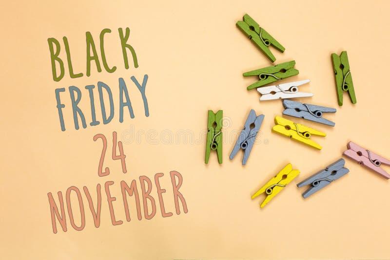 Tekst szyldowy pokazuje Black Friday 24 Listopad Konceptualny fotografii Specjalnych sprzedaży dziękczynienie pomija Poremanentow obrazy royalty free