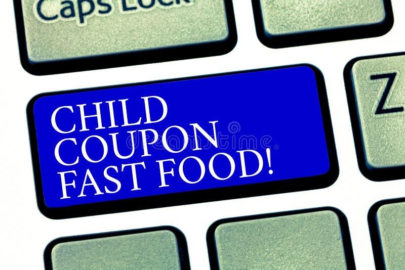 Teksta dziecka talonu szyldowy pokazuje fast food Konceptualni fotografia bileta rabata oszczędzań dżonki posiłki dla dzieciaka K zdjęcie royalty free
