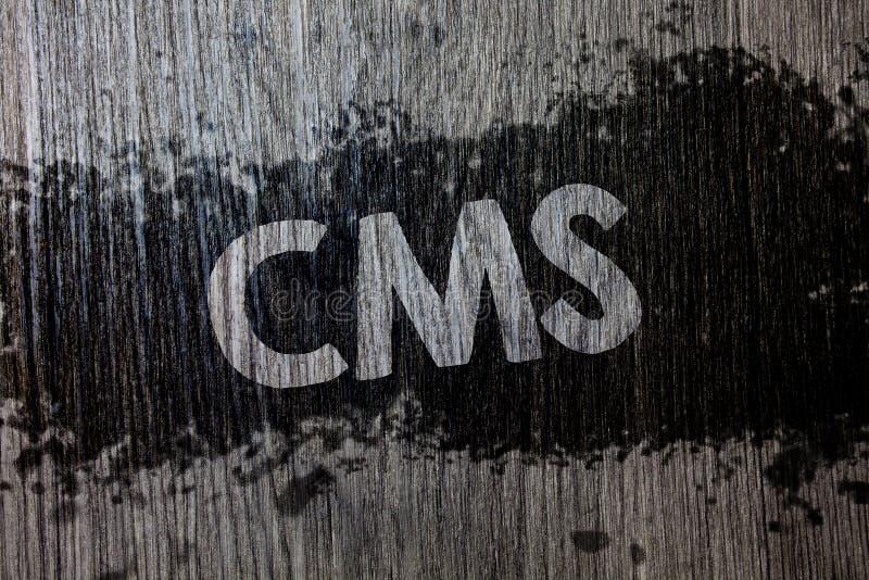 Teksta szyldowy pokazuje Cms Konceptualny fotografii zawartości system zarządzania wspiera modyfikację treści cyfrowe Drewniany d zdjęcie royalty free