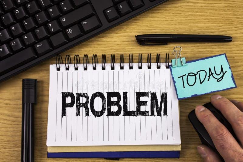 Teksta szyldowy pokazuje problem Konceptualny fotografia kłopot który potrzebuje być rozwiązującym Trudnym sytuaci komplikacją pi obraz stock
