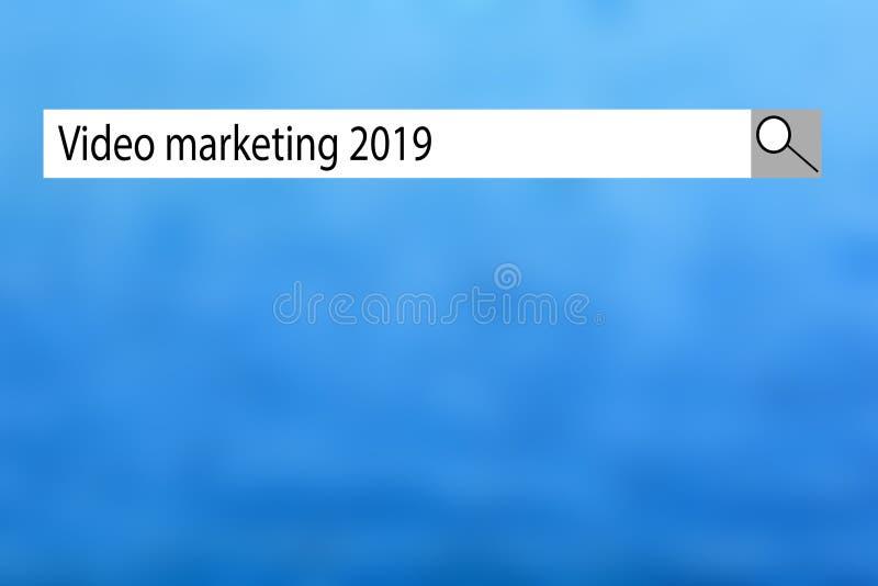 Teksta znak pokazuje ?Wideo marketing 2019 ? Konceptualna fotografii lista rzeczy kt?ra dosta? popularn? w w tym roku bardzo szyb ilustracji