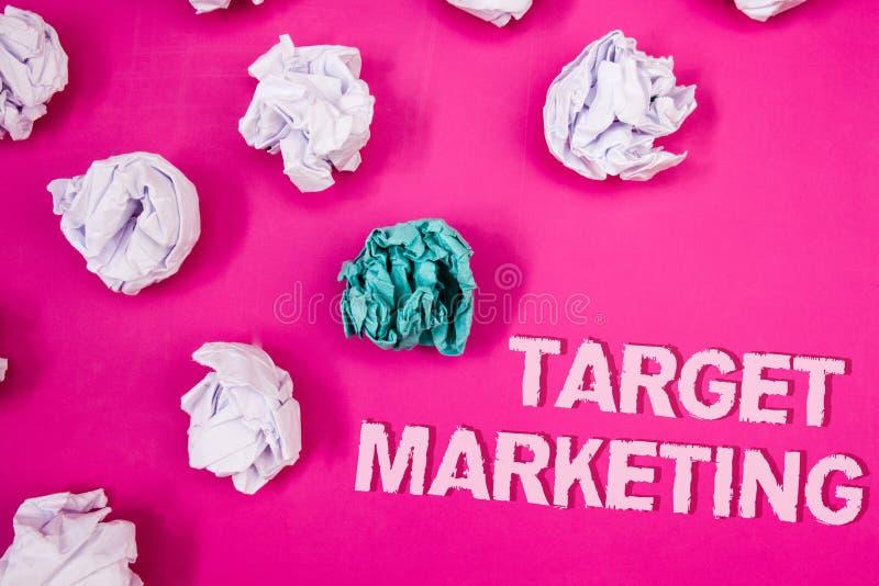 Tekstteken die Doel Marketing tonen Conceptueel de Segmentatiepubliek die van de fotomarkt van de Tekstwoorden van de Klantensele royalty-vrije stock foto