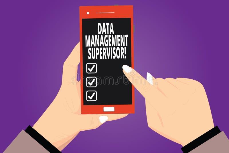 Tekstteken die Gegevensbeheersupervisor tonen Conceptuele foto die de de analysehanden verzekeren van efficiënt en doeltreffende  royalty-vrije illustratie
