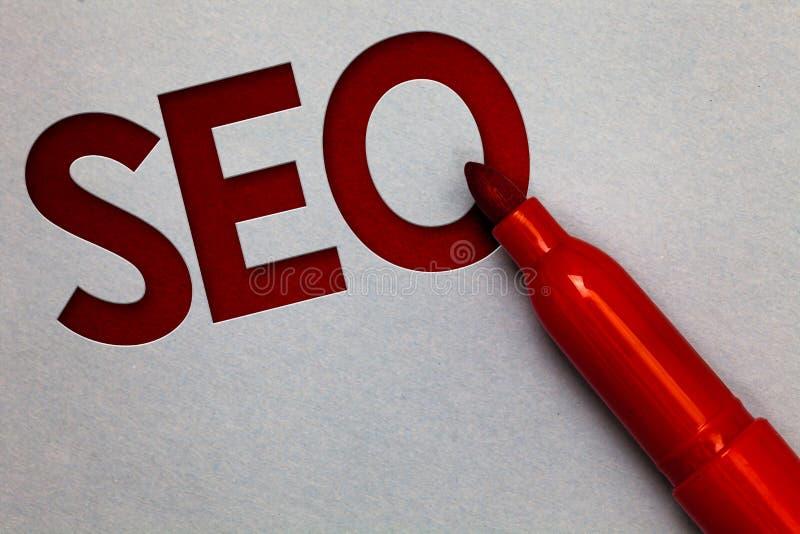 Tekstteken die Seo tonen Conceptuele de optimaliseringsverhoging van de fotozoekmachine van de online marketing grijze elft van h royalty-vrije stock afbeelding