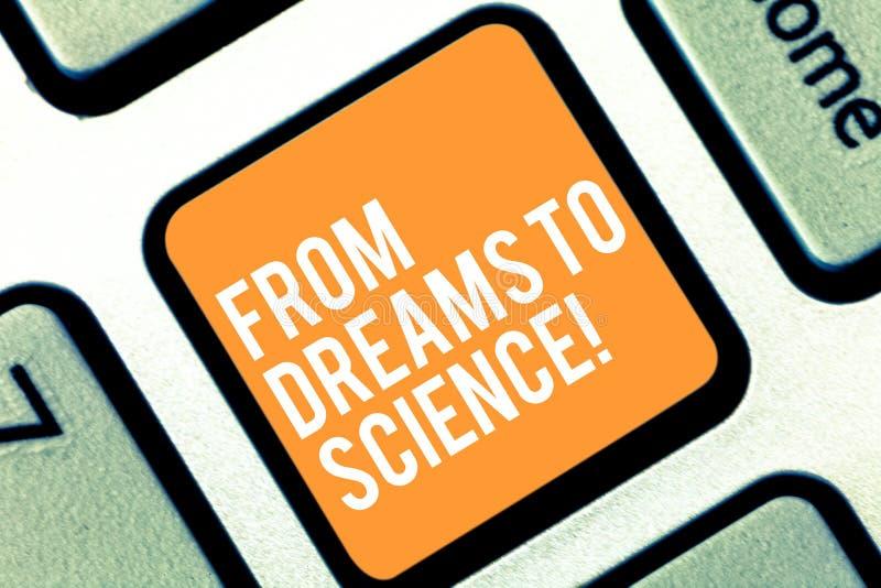 Tekstteken die van Dromen aan Wetenschap tonen Conceptuele fotoverbeelding omgezet in het Toetsenbordsleutel van de werkelijkheid stock afbeeldingen