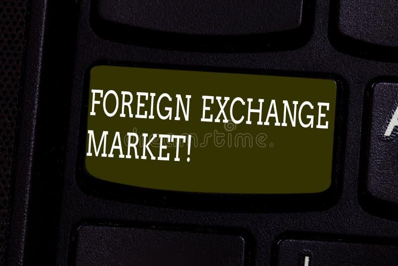 Tekstteken die Wisselmarkt tonen Conceptuele foto globale gedecentraliseerde handel van de sleutel van het muntentoetsenbord royalty-vrije stock afbeeldingen