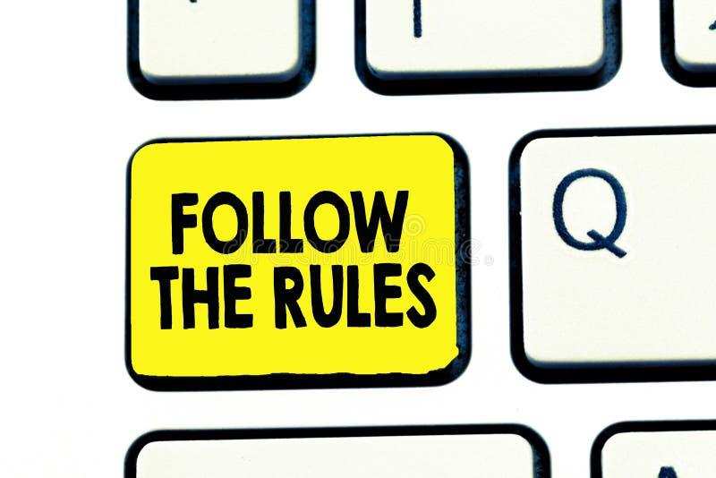 Tekstteken het tonen volgt de Regels De conceptuele foto geeft opdracht tot iemand stok aan bepaalde gidsen van het plaatsland st stock illustratie