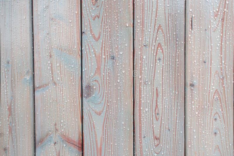 Tekstur deski lekki drewno z kroplami na powierzchni Wilgotnościowa ochrona dla drewna fotografia stock