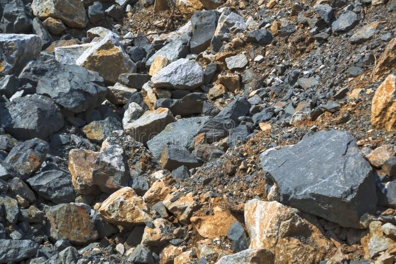 Tekstura ampuła kamienie w łupie dla ekstrakcji kamień obrazy royalty free