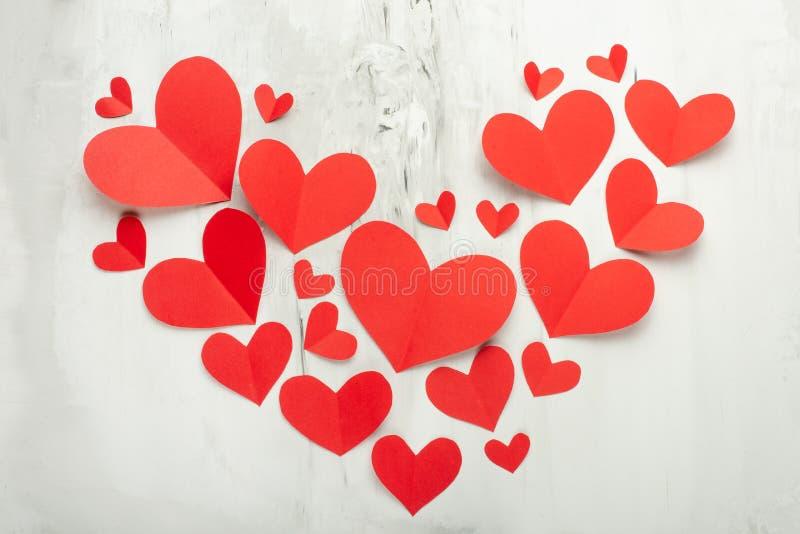 Tekstura i tło dla walentynka dnia, serce czerwoni serca na białym tle obrazy stock