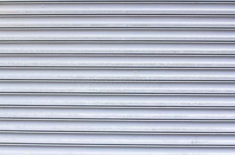 Tekstura kruszcowe horyzontalne linie Garaży drzwi zdjęcie royalty free