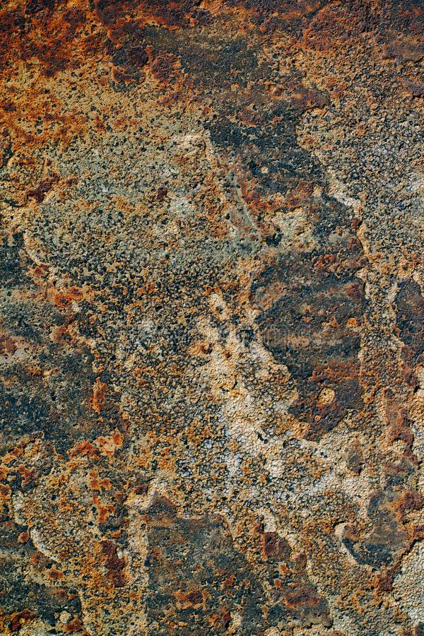 Tekstura ośniedziały żelazo, krakingowa farba na starej kruszcowej powierzchni, obrazy stock