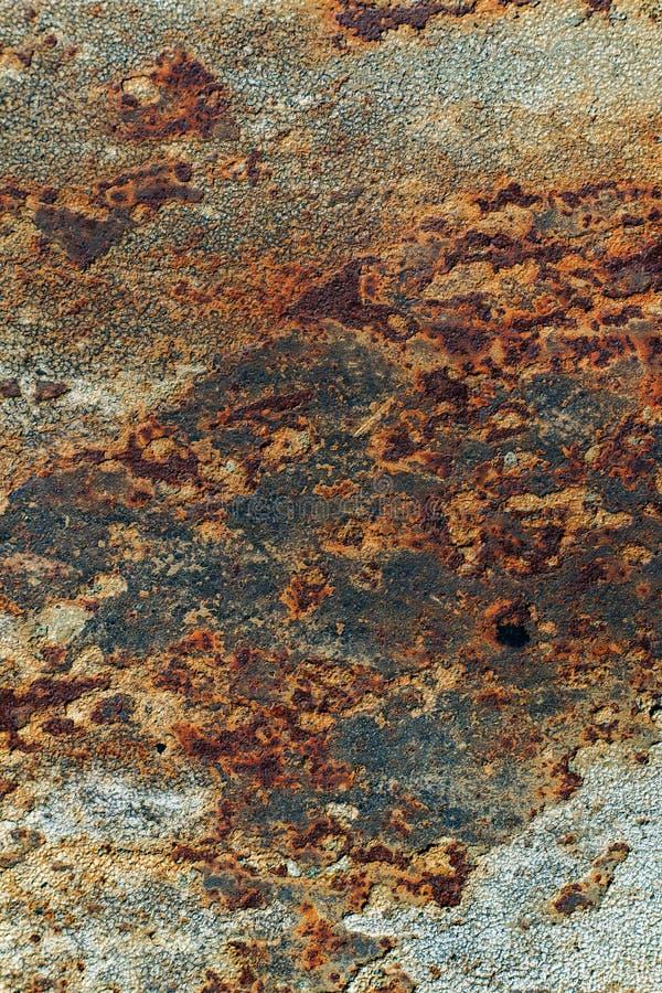Tekstura ośniedziały żelazo, krakingowa farba na starej kruszcowej powierzchni, obraz royalty free