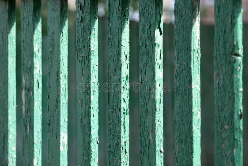 Tekstura stary zieleni ogrodzenie fotografia royalty free