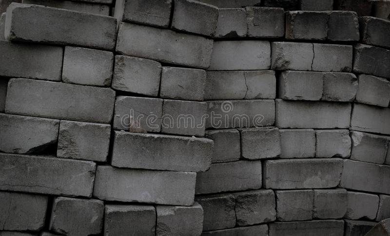 Tekstura stos zaniechane brudne i stare cegły Grunge Stylowa tapeta zdjęcie royalty free