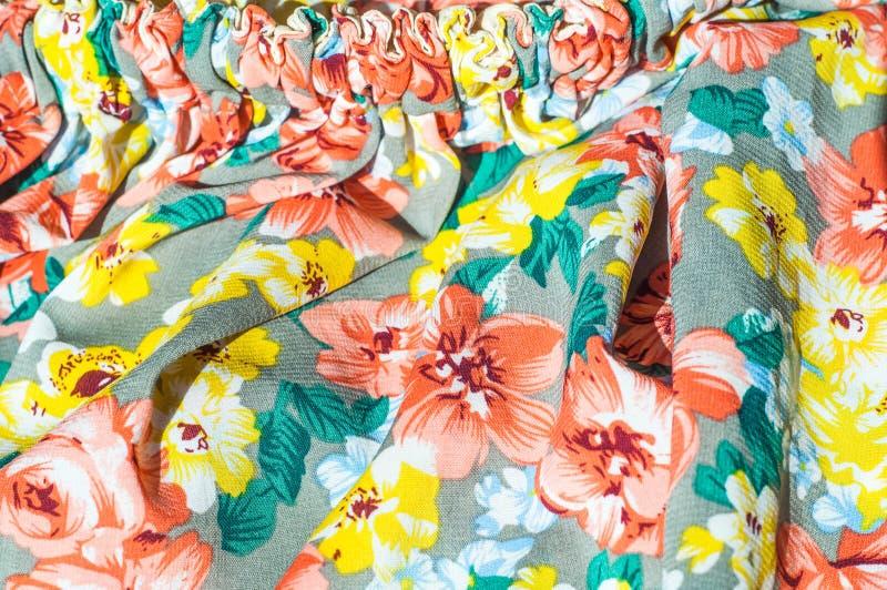 Tekstura, tło, wzór Dziewczyny spódnica Jedwabnicza tkanina z flo fotografia royalty free