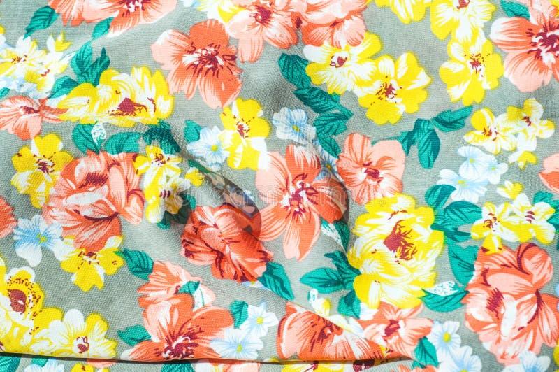 Tekstura, tło, wzór Dziewczyny spódnica Jedwabnicza tkanina z flo obrazy stock
