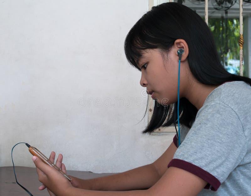 Teléfono de la música imágenes de archivo libres de regalías