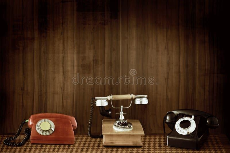 Teléfonos viejos fotografía de archivo libre de regalías