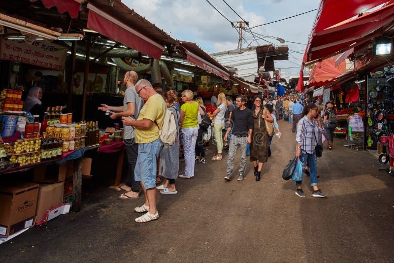 Tel Aviv - 4 dicembre 2016: Il mercato di Carmel a Tel Aviv e immagini stock libere da diritti