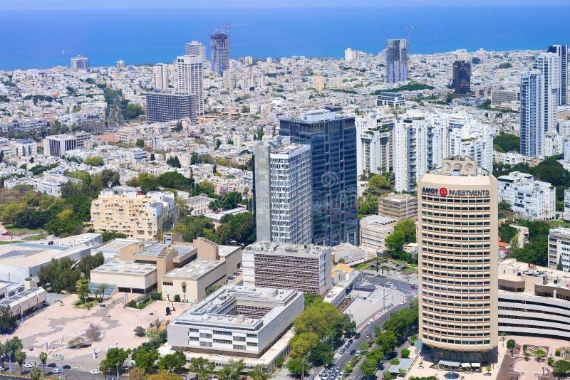 TEL AVIV, ISRAËL APRIL, 2017: Luchtpanorama van de stadsgebouwen en de privé huizen stock foto
