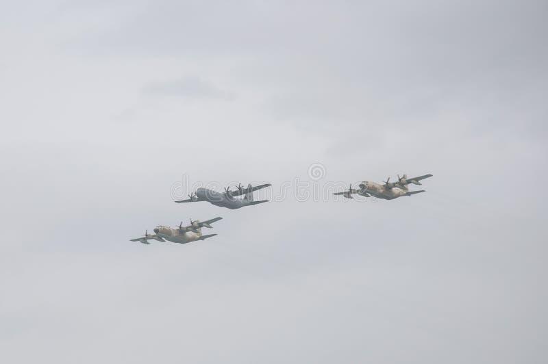 TEL AVIV, ISRAEL 2014 am 6. Mai: Israelische Luftwaffenflugzeuge (drei lizenzfreie stockfotos