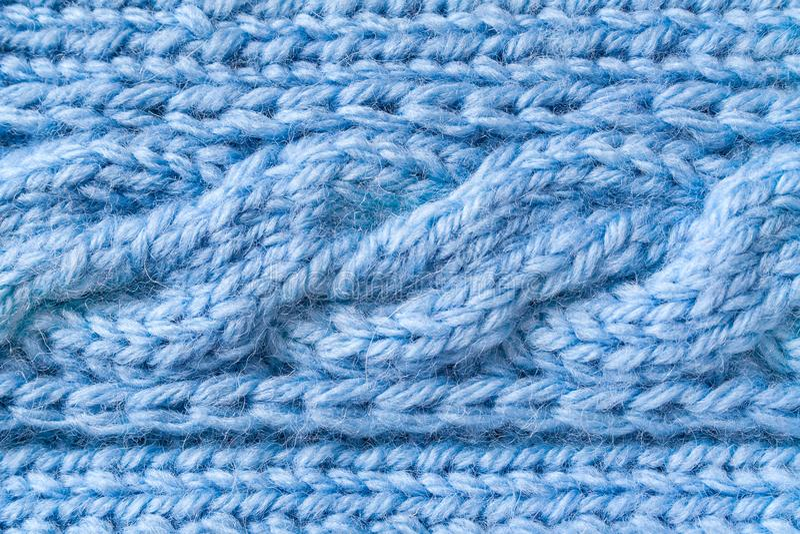 Tela de lã azul com um teste padrão da trança foto de stock royalty free