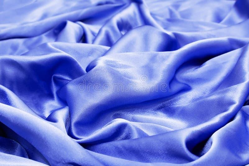 Tela de seda azul da cortina e de estofamento do p?tio foto de stock