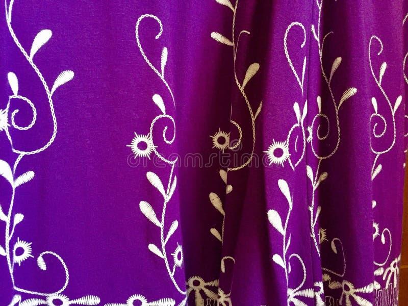 Tela púrpura foto de archivo