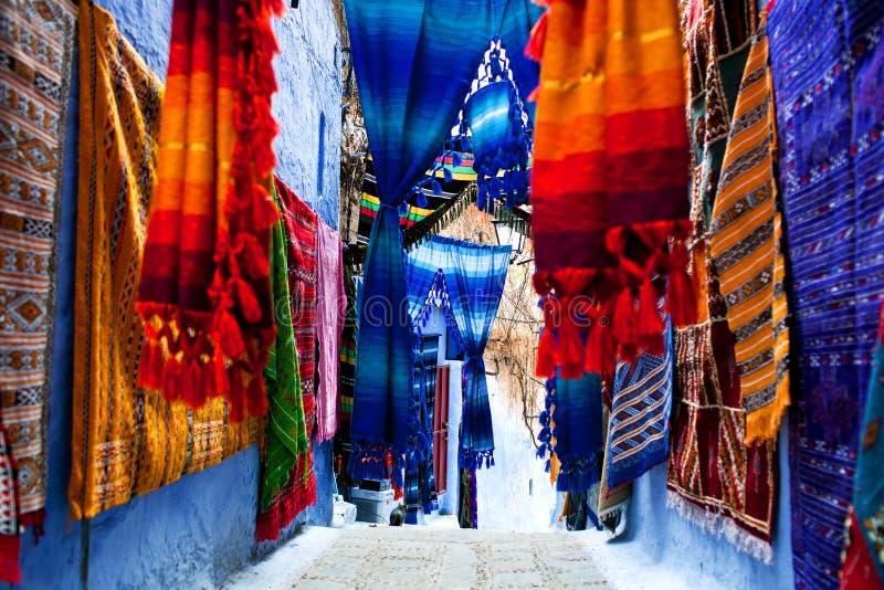 Telas marroqu es foto de archivo imagen de raya colgado - Telas marroquies ...