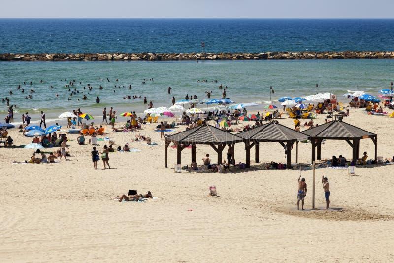 Download Verão na praia em Telavive foto de stock editorial. Imagem de curso - 29827493